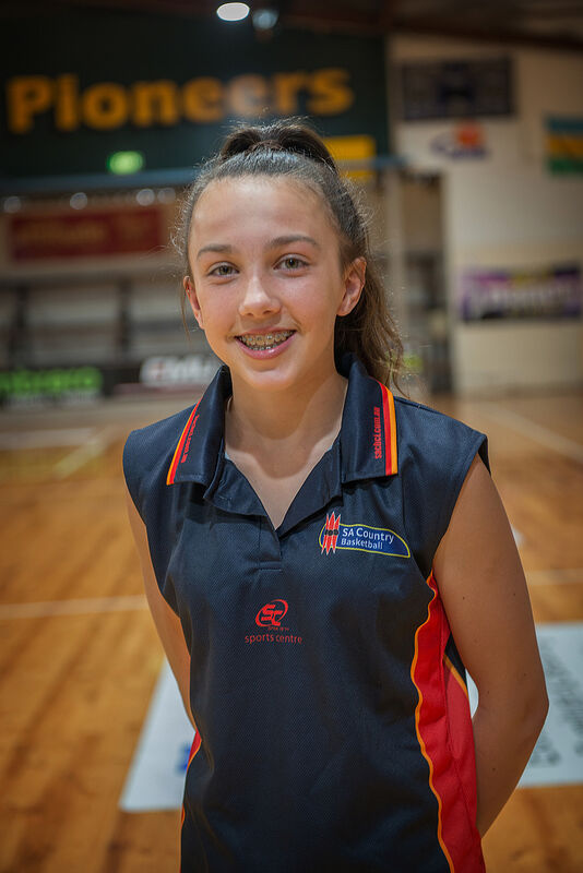 Basketball Mount Gambier's Emily Close.