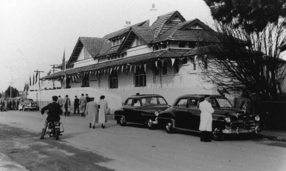 The Mount Gambier Railway Station in 1953. Photo: Les Hill Collection
