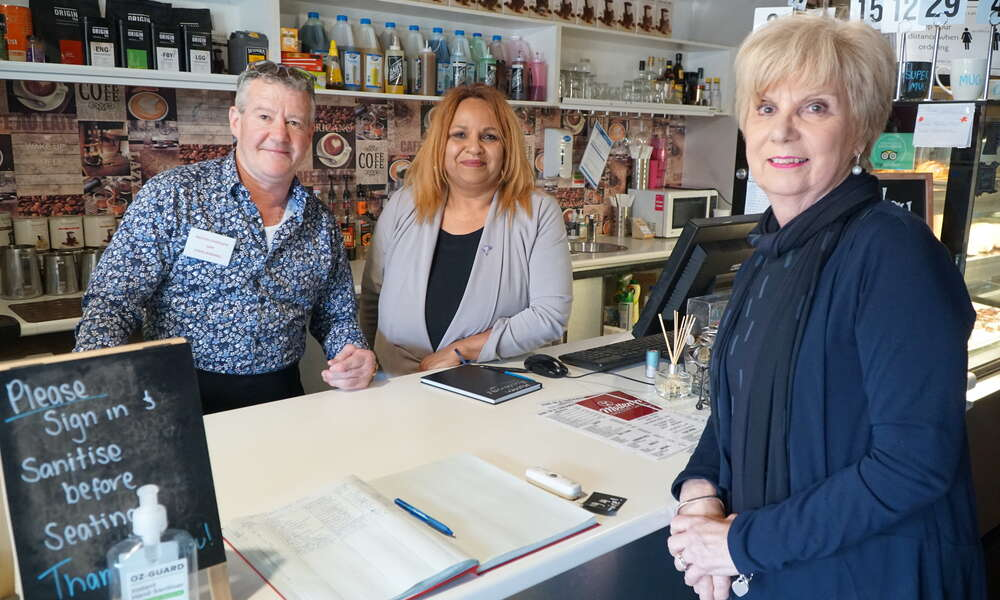 Molten Chocolate Café owners Robbie Barker and Cheryl Saunders with Mayor Lynette Martin.