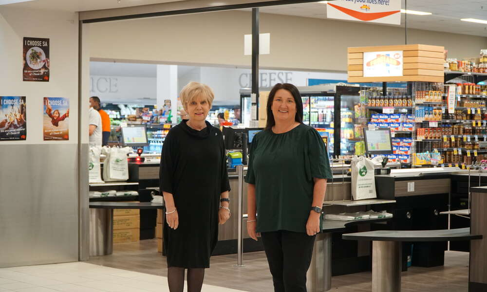 Mayor Lynette Martin OAM is pictured with Mount Gambier Central Centre Manager Jane Read who provided donations totalling $2800 to the 2020 Christmas Appeal.
