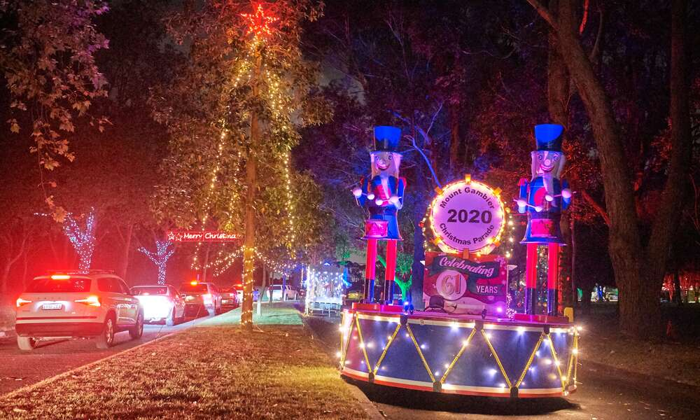 Santa's Boulevard at Blue Lake Sports Park on Friday 27 November 2020. Photo: Frank Monger Photography